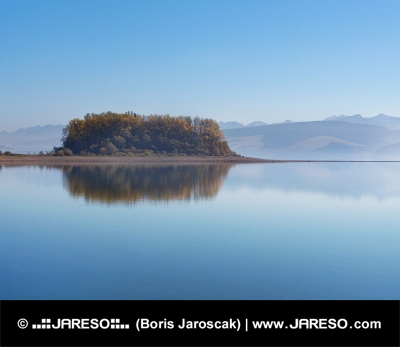 Slanica Island рано сутрин