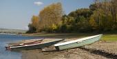 Три лодки