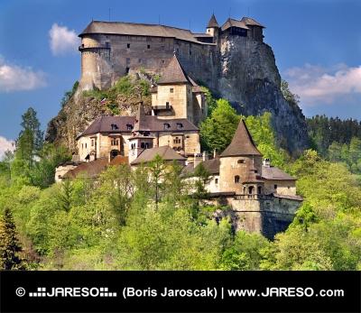 Sydsiden af berømte Orava Castle, Slovakiet