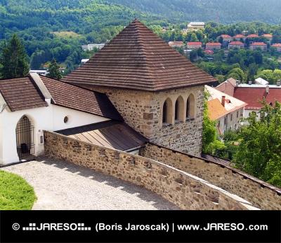 Fæstningstårn af slottet i Kremnica