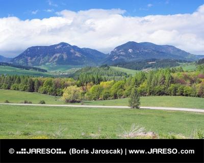 Bobrovnik landskab med Pravnac og Lomy