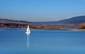 Yacht på Orava reservoir, Slovakiet