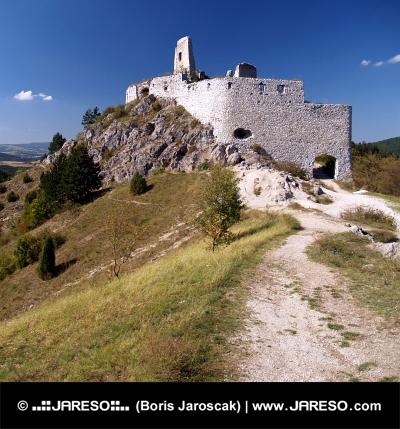Befestigungsanlage des Schlosses von Cachtice