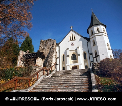 Römisch- katholische Kirche in Mosovce, Slowakei