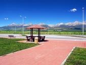 Shelter und die Hohe Tatra im Sommer