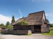 Historische Holzhaus in Pribylina