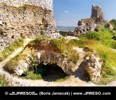 Το Κάστρο της Čachtice - Κατακόμβες