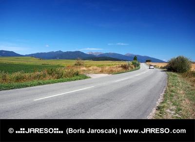 Δρόμος στο Liptov και Rohace βουνά