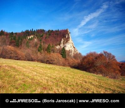 Φθινόπωρο στο Ostra Σκάλα τοποθεσία, Σλοβακία