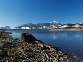 Λίμνη κούτσουρο και κατά τη διάρκεια του χειμώνα