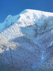 Χιόνι κάλυψε μεγάλο βουνό Choc
