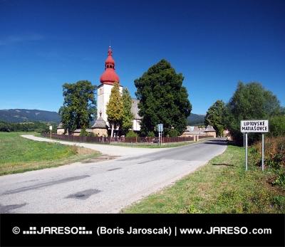 Iglesia de San Ladislav en Liptovske Matiasovce
