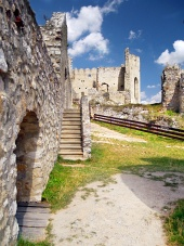 Interior del castillo de Beckov, Eslovaquia