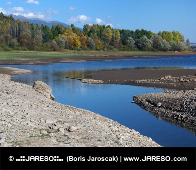 Cannal naturel à Liptovska Mara