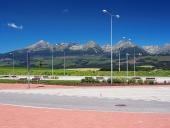 Car au repos sous les Hautes Tatras