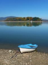 Bateau et l'île Slanica, la Slovaquie