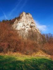 Vue d'automne de Ostra Skala, la Slovaquie