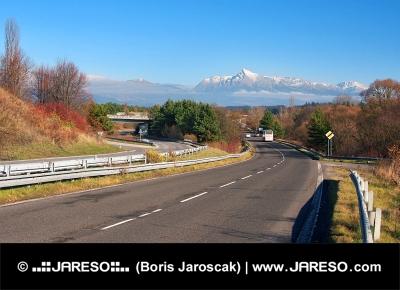 Krivan चोटी, उच्च Tatras, स्लोवाकिया के लिए रोड