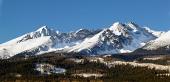 स्लोवाकिया में उच्च टाट्रा पर्वत के शीतकालीन चोटियों