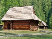 Ritka fa népi házakat Zuberec