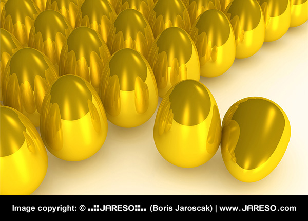 Metaphore of the goose that laid the golden eggs illustrating concept of getting fortunate with SEO.