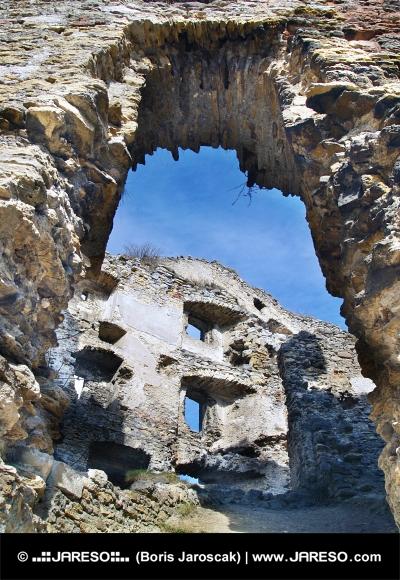 Le pareti interne di Likava Castello, Slovacchia