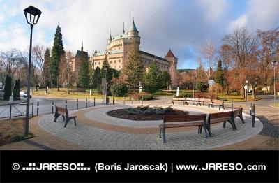 Bojniceの城や公園、スロバキア
