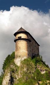 Orava城、スロバキアのロマネスク様式の要塞