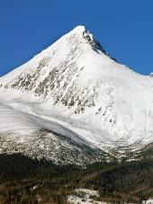 冬のクリヴァン山のピーク