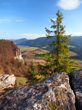 Vysnokubinske Skalkyから秋の見通し