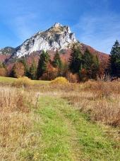Velky Rozsutec 、スロバキアへの観光客の道