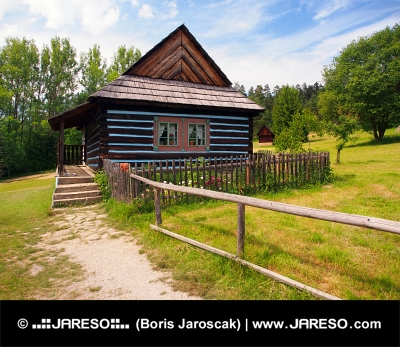 Zeldzame folk huis in Skansen van Stara Lubovna