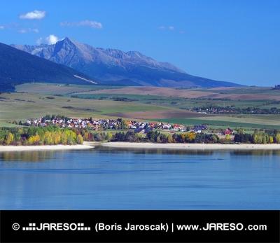 Liptovska Mara meer, Liptovsky Trnovec en Krivan