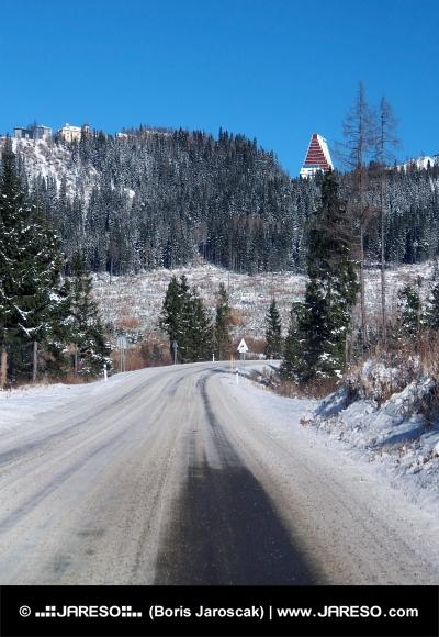 Winter weg naar Hoge Tatra van Strba