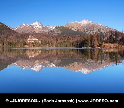 Reflectie in Strbske Pleso, Hoge Tatra
