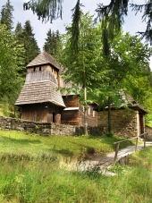 Zeldzame houten kerk in Zuberec, Slowakije