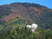 Likava kasteel in diepe bos, Slowakije