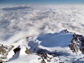 Widok z Lomnického szczyt w zimie