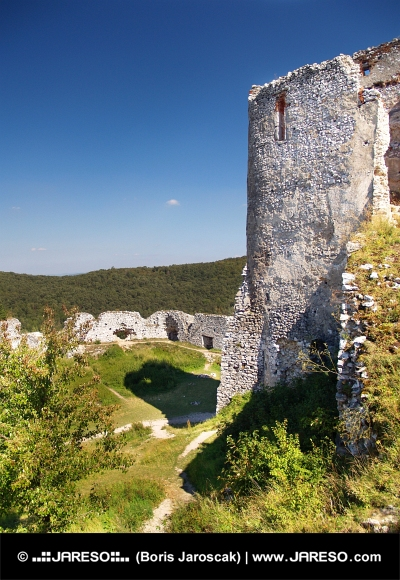 Castelul Cachtice - Donjon