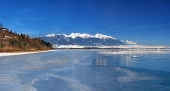 Congelate Liptovska Mara și de Vest Tatras