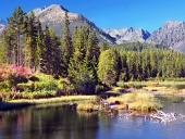 Strbske Pleso i Tatrabergen i sommar