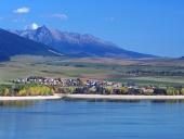 Liptovska Mara sjö, Liptovsky Trnovec och Krivan
