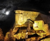 Orava Castle - Night scene