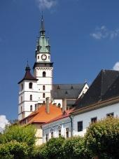Katarina kyrka och Kremnicas slott