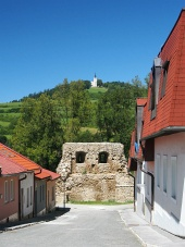 Street with fortification and Marian Hill in Levoca